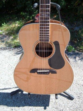 Alvarez Artist Series AF75 Folk Guitar